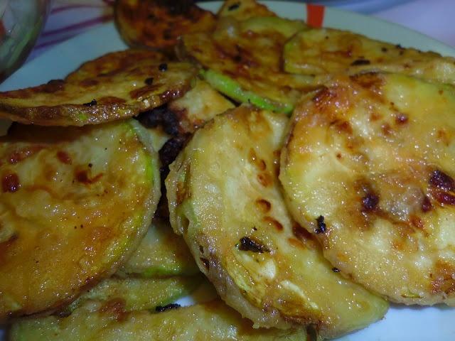 Ανθομέλι: Κολοκυθάκια τηγανιτά σπέσιαλ!