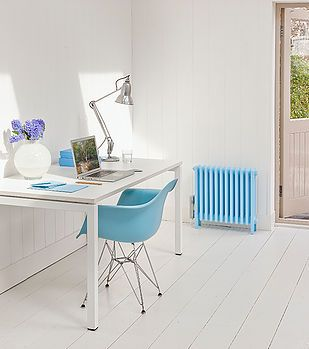 #freshroom #natural #light #naturallight #blueandwhite #sunlight #fresh #style #modern #contemporary #interior #design #furniture