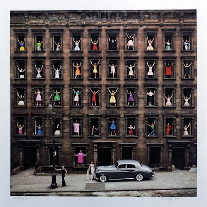 """Ormond Gigli. Models in Windows (Модели в Окнах). """"Летом 1960 года художник заметил, что здание напротив его студии, Manhattan, готовится к сносу. Менее чем за сутки, он организовал импровизированный подиум...""""... http://udavich.blogspot.com/2016/06/ormond-gigli.html"""