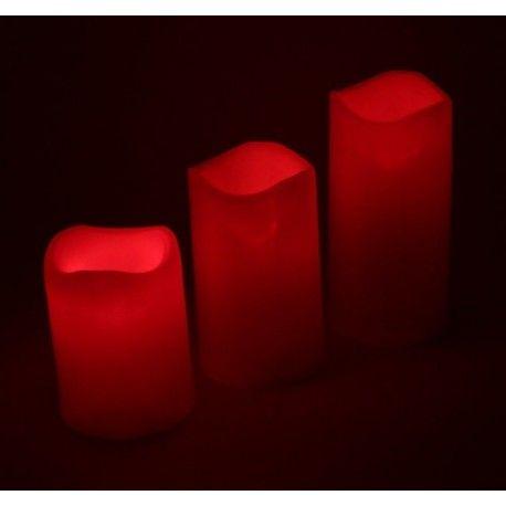 SET 3 VELAS DE LED COLORES CON MANDO A DISTANCIA Características; 1. Material de construcción: ABS. 2. Peso: 375g. 3. Dimensiones; Vela 1: 9.5*7.5cm Vela 2: 12*7.5cm. Vela 3: 15*7.5cm. 4. Cada vela funcionan con 3 pilas AAA (No incluidas) 5. Mando a distancia. 6. 12 colores estáticos. 7. Función para que las velas cambien automáticamente de color.