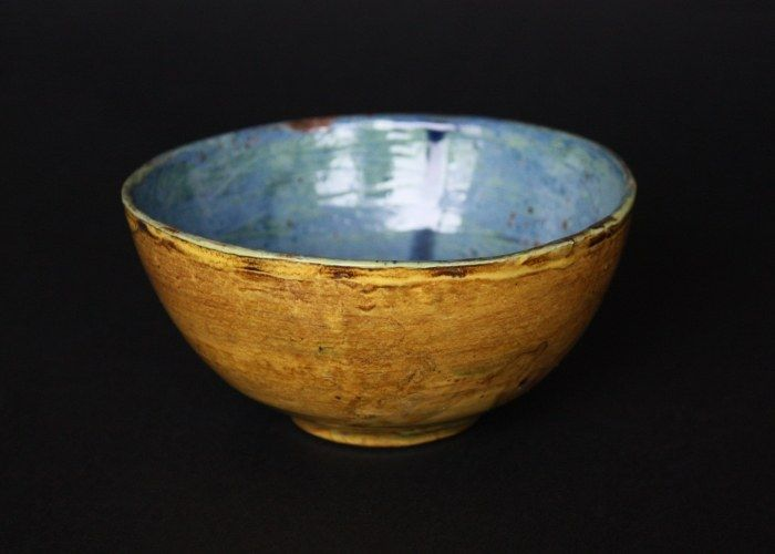 A bowl from Francoise Stoop, beautifully made. Wonderful colors! #pottery #ceramics #Françoise Stoop #colorful