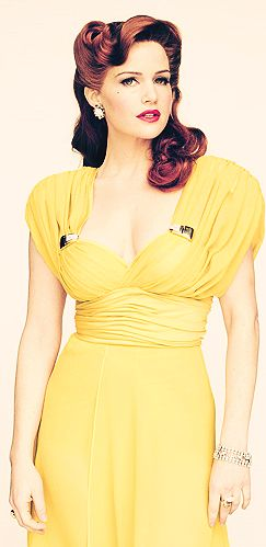 Sally Jupiter ♥ but without the victory roll