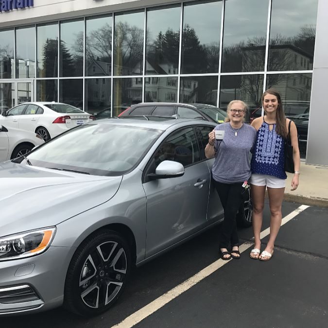 Congratulations are in order for Meredith from Andover! Meredith is graduating St. Anselm's in 2 weeks and what better present than a 2017 Volvo S60! Congratulations on your success and good luck with your future endeavors! Thank you for choosing we appreciate your business. Enjoy!