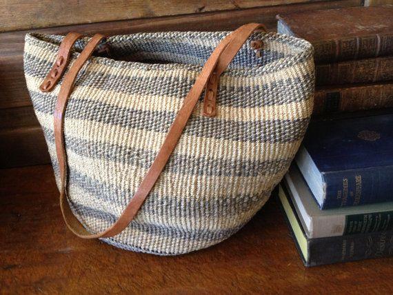 Fabriqués à la main Vintage gris paille raphia & Tan en cuir sac à main fourre-tout grande