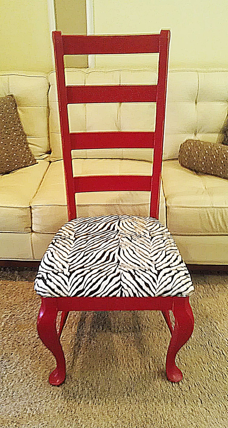 Ladder back chairs with cushions - High Ladder Back Chair With Queen Ann Legs I Popped With Red