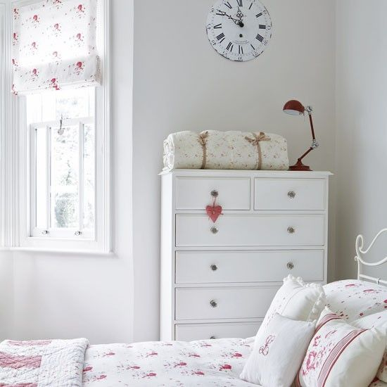 from Modern Country Style blog: Easy Guide To Using Florals In A Modern Country Girls Bedroom Cabbages and Roses!