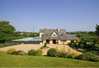 Millgrove House  - Impressive and luxurious 5 bedroom country retreat  complete with swimming pool and children's play area, ideal for families or groups of friends.