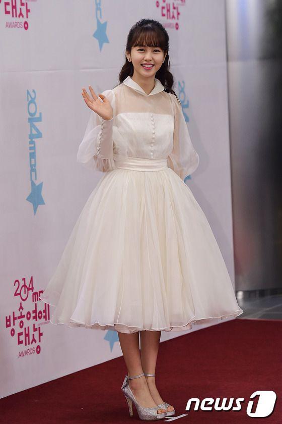 Dàn sao Hàn nổi tiếng quy tụ trên thảm đỏ lễ trao giải cuối năm 2