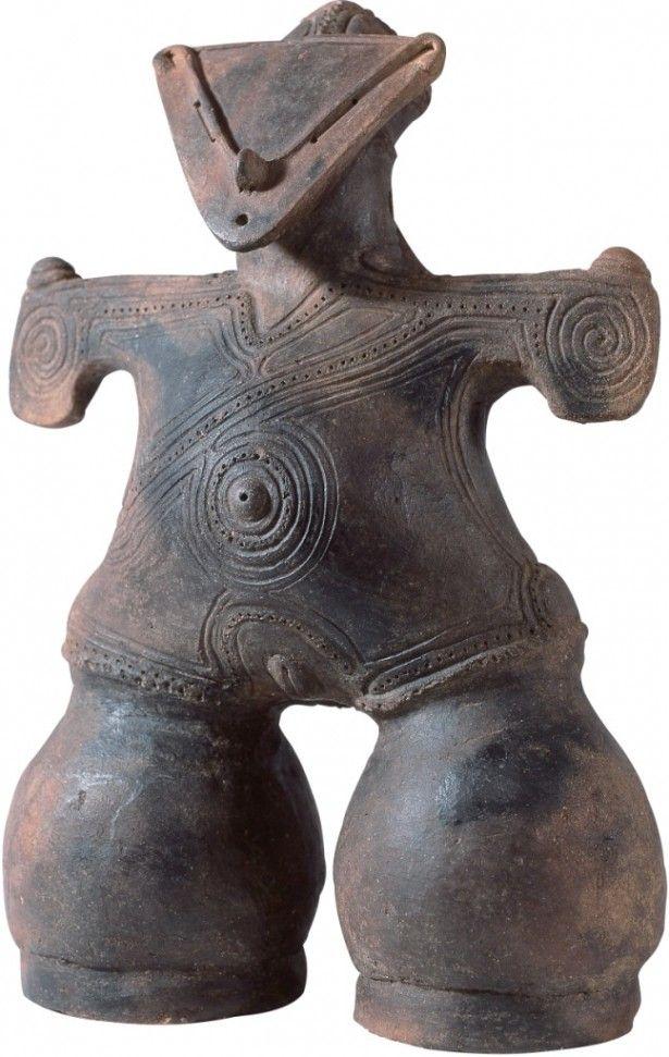 長野県茅野市中ッ原遺跡から出土。茅野市蔵 尖石縄文考古館が保管している「土偶(仮面の女神)」は11月21日(金)から12月7日(日)までの展示