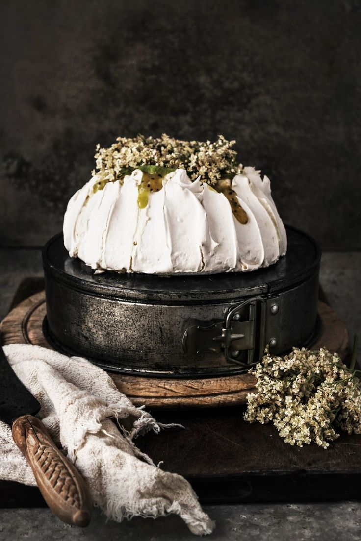 pavlova with kiwi lime curd and elderfower cream: Pavlova, Sweet ...