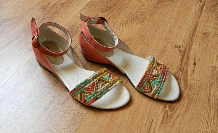 Sandalias con tejido artesanal