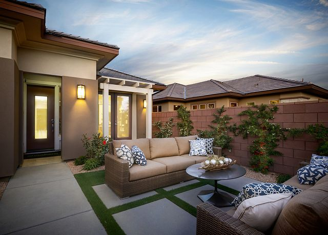 An outdoor entertainment haven -- a feature of the Solare model at Trilogy® at The Polo Club