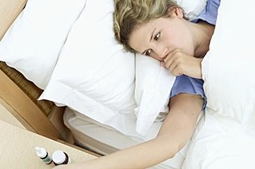 hoesten, kriebelhoest, verkouden, griep, droge hoest, slijmhoest