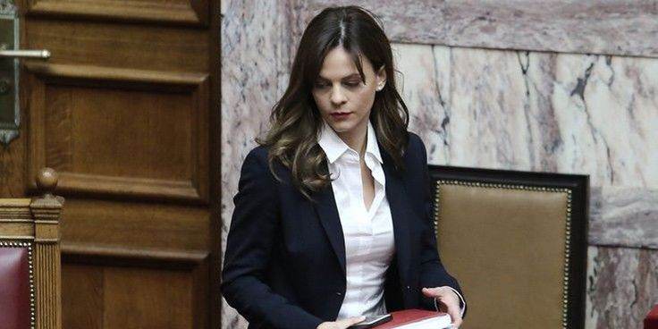 Αχτσιόγλου στην «Die Tageszeitung»: Η ανάπτυξη επιστρέφει στην ελληνική οικονομία | Το Κουτί της Πανδώρας