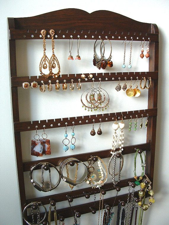 25 unique bracelet storage ideas on pinterest diy for Bangle organizer diy