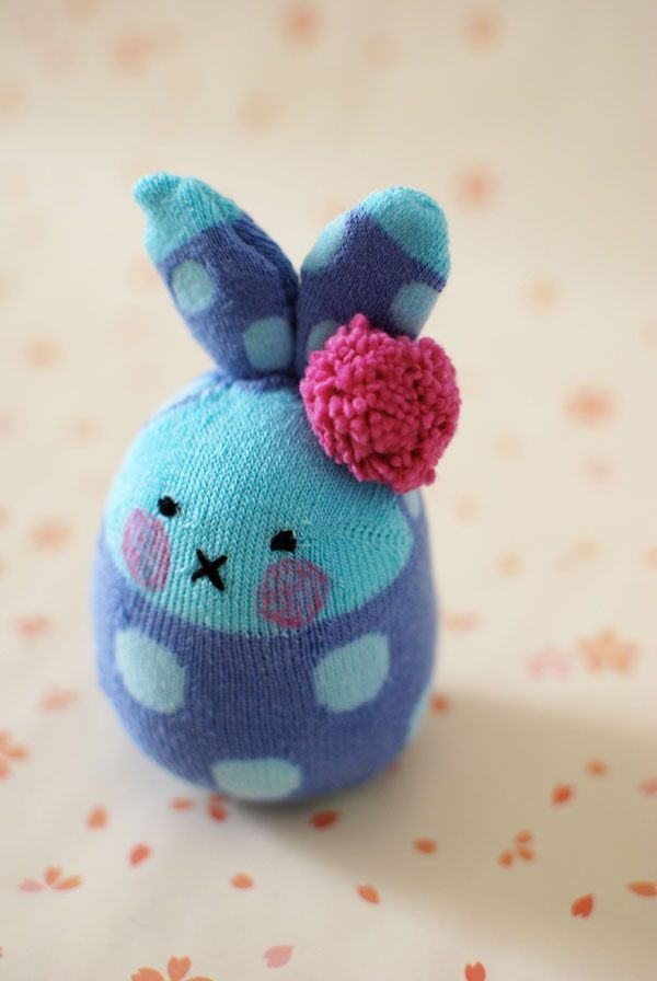 What You'll Be CreatingInstead of giving chocolate this Easter, get crafty and make these adorable rabbits from little socks. Soft toys made from socks are fairly quick to make and don't require a...