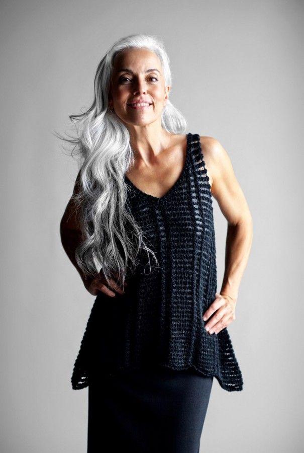 61-летняя модель Ясмина Росси: образы и секреты привлекательности 7