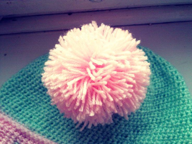 #pompon #handmade #hat #beanie #snow #winter