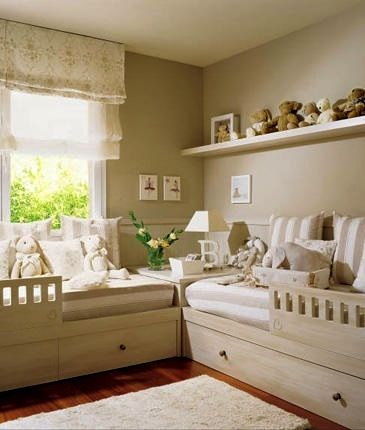 kids room stuffed animal display with wall mounted shelf and corner table ideas