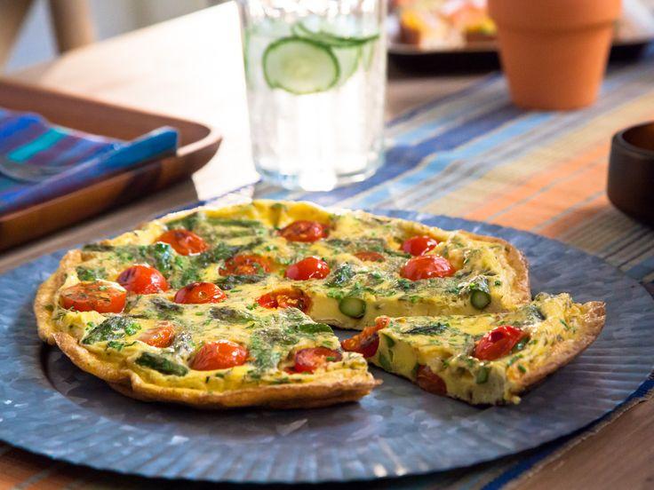 Valerie's Brunch Frittata recipe from Valerie Bertinelli via Food Network #valeriebertinelli #homecooking #foodnetwork