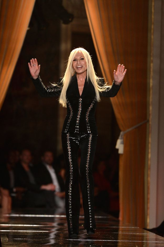1000 ideas about donatella versace on pinterest versace for Donatella versace beach