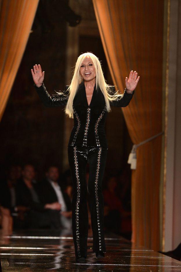 1000 ideas about donatella versace on pinterest versace for Donatella versace beach