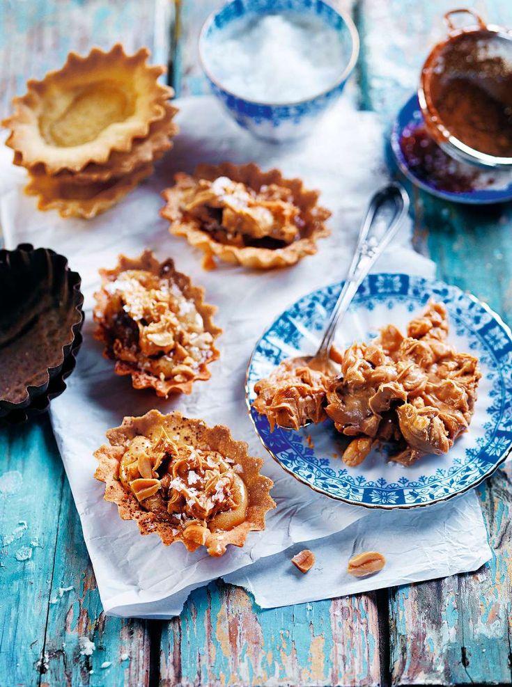 Fyll mandelmusslorna med ljuvlig dulce de leche och hemgjort jordnötssmör