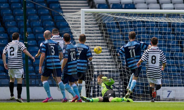 Forfar's Danny Denholm follows up on the rebound to fire in Forfar's second goal of the day.