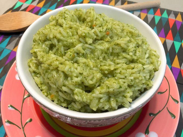 Nieuw recept: Groene rijst:  Deze rijst heeft een heerlijke pittige smaak dankzij de rucola en koriander. De rijst is ideaal te serveren als bijgerecht bij Mexicaanse gerechten, maar ook lekker in combinatie met Oosterse gerechten omdat koriander ook in deze keuken veelvuldig gebruikt wordt, bijvoorbeeld bij een heerlijke Thaise curry? http://wessalicious.com/groene-rijst/