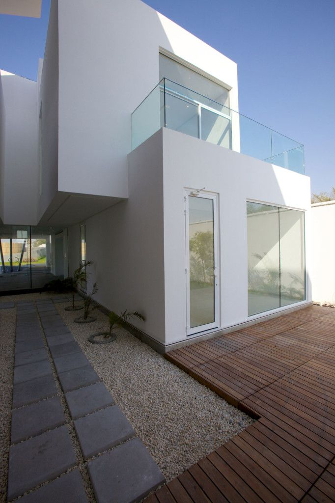 Exterior:Architecture. Wooden Flooring Tile Cement Block And Gravel Side Modern Exterior Tile For House Flooring Walls Installation Floor Pa...