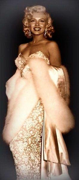 Marilyn Monroe could rock a dress.