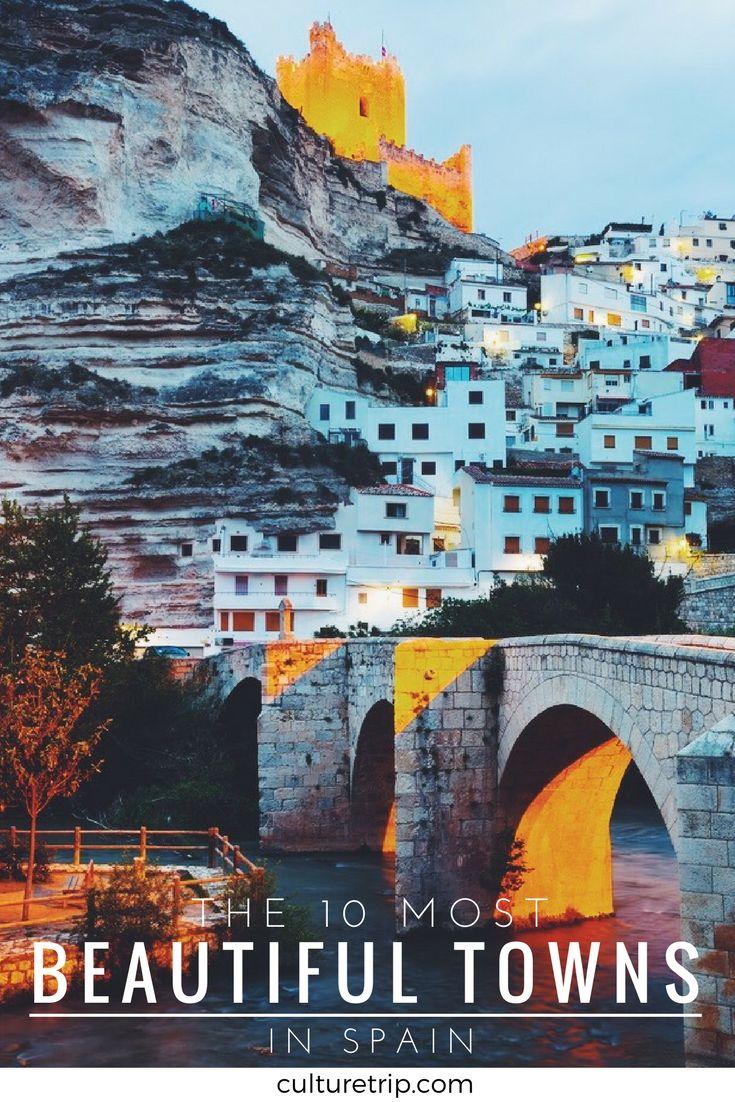Esto me muestra hermosas ciudades de España si quiero salir de las ciudades