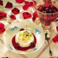 """""""Ris à la mande"""" med lun kirsebærsaus"""
