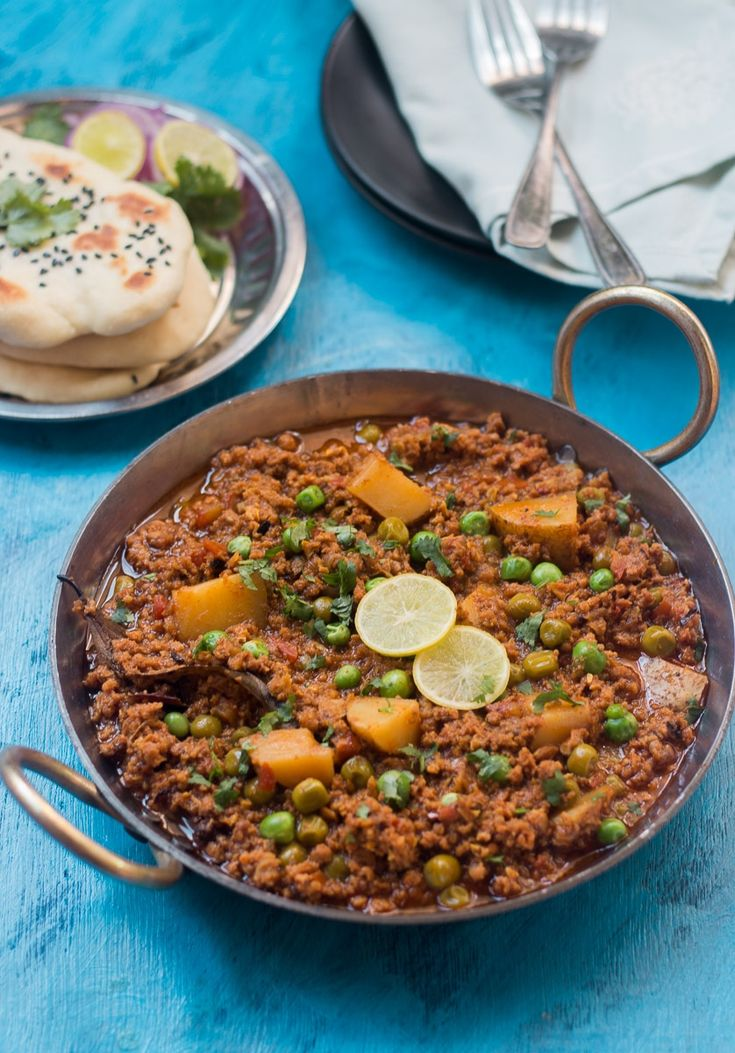 Spicy, flavorful Mutton Keema recipe. Goes best with naan, rice or bread. Leftovers are great for keema samosas or stuffed kulchas.