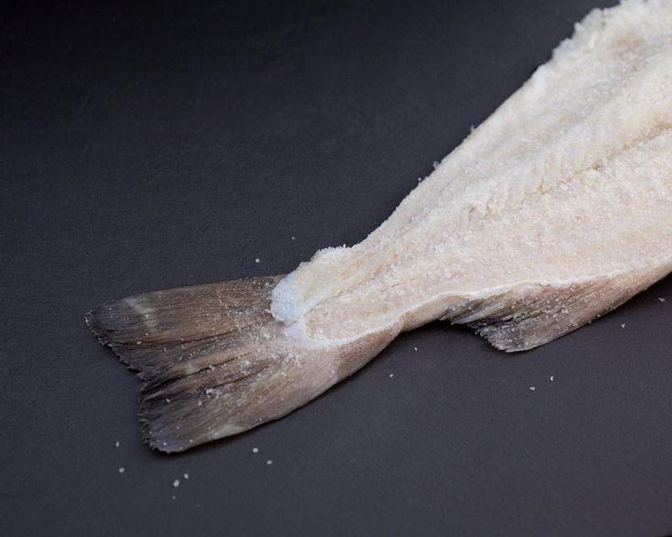 Autèntic bacallà gadus morhua curat segons el mètode tradicional. Gremi de Bacallaners de Catalunya