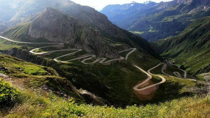 Transfăgărășan - poate cel mai frumos drum din lume