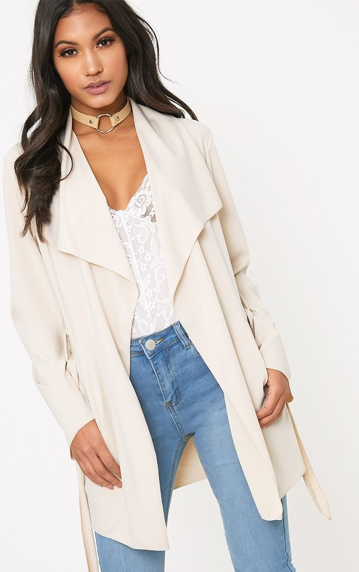 Nude Scuba Waterfall JacketWow in this versatile killer jacket. Featuring a stunning scuba fabric...