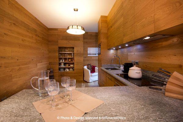 Arte Rovere Antico - Photo by Duilio Beltramone for Sgsm.it - Casa Soppalco Vetro - Sestriere Italy - Wood Interior Design - Glass - Kitchen - Stone - Mountain design