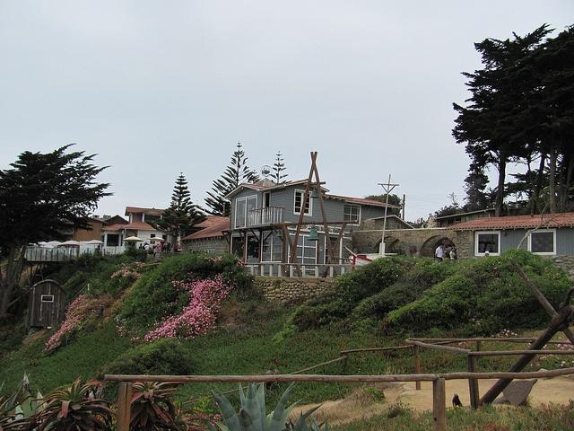 Isla Negra, Chile (case de Pablo Neruda, now a museum) by José Luiz Brandão, via Flickr