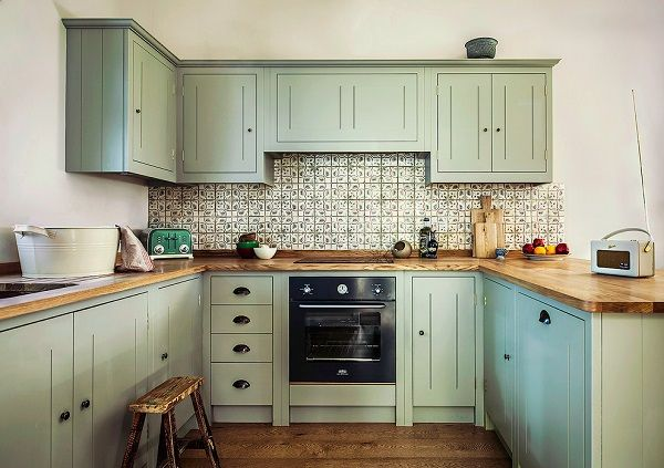 20 Best Dark And Light Green Kitchen Cabinet Ideas Green Kitchen Cabinets Light Green Kitchen Mint Green Kitchen