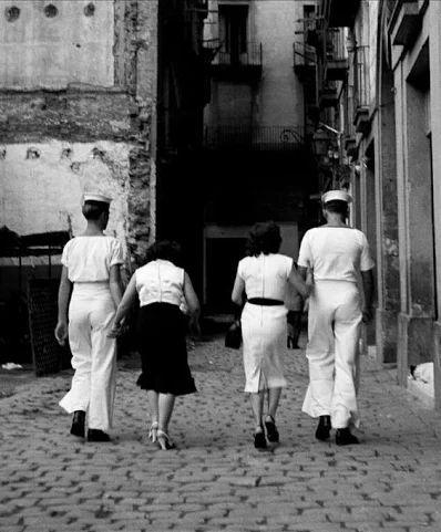 Marinheiros de visita ao bairro chinês - Barcelona