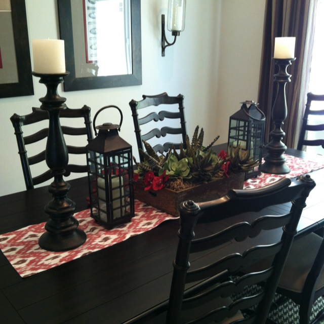 21 best 2013 parade of homes in cibolo canyons images on for Formal dining table centerpiece