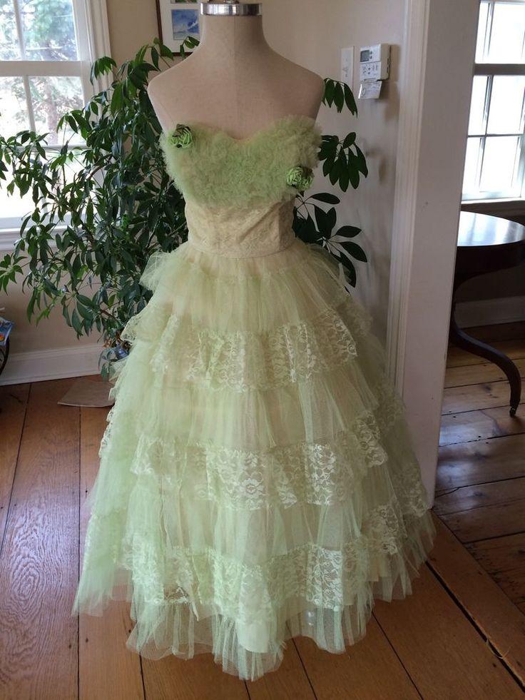 2447 besten vintage 50\'s prom dresses & tulle Bilder auf Pinterest ...