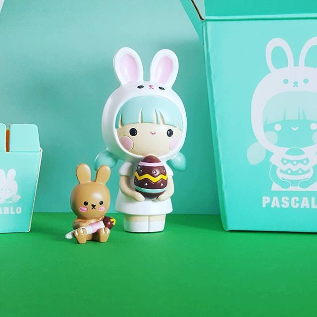 Unboxed!! #momijidolls #easter #momiji #collectibles #doll #rabbit #messagedoll #box #packaging #happy #minthair #colors #colourful #eastereggs #kawaiigirl #instadaily #instacute #instadoll #dollcollector #momijilovers #happymailday #happymail #unboxing #beautifulpackaging #chocolatebunny