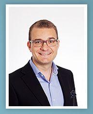 ESIMERKKI / Kimmo Suominen - Strategiatyön konsultti, valmentaja ja kirjoittaja. Kimmo on tehnyt verkkoon oman cv:n, jossa linkit esimerkiksi tuoreimpiin julkaisuihin.