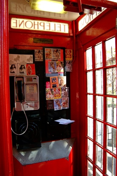 da telephone booth | Red iconic phone boxes/post boxes ...