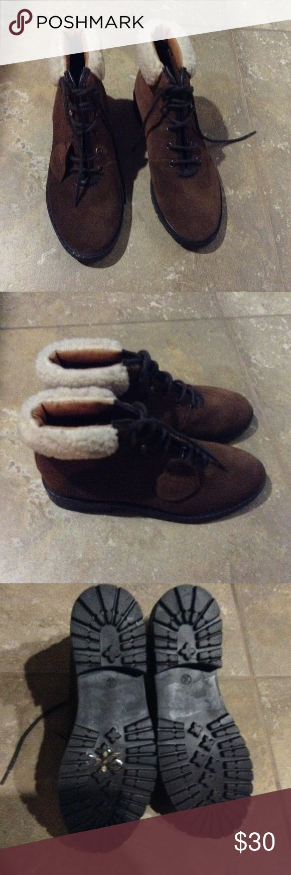 TOPSHOP BOOTS!!! TOPSHOP Booties. Not worn! Excellent condition!!! Topshop Shoes Ankle Boots & Booties