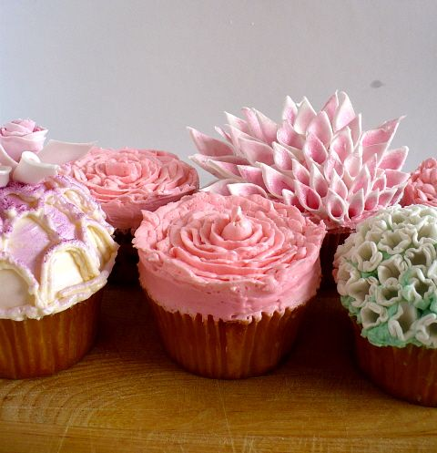 Cupcake Couture - How to decorate instructions.