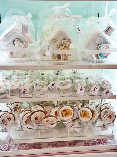 Painted cakes & cookies
