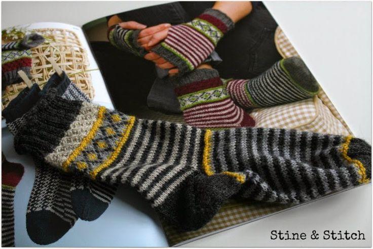 Da ich immer wieder nach den Mustern von meinen Socken gefragt werde, gibt es heute ganz viele Tipps, wo man Muster findet. Zum einen s…